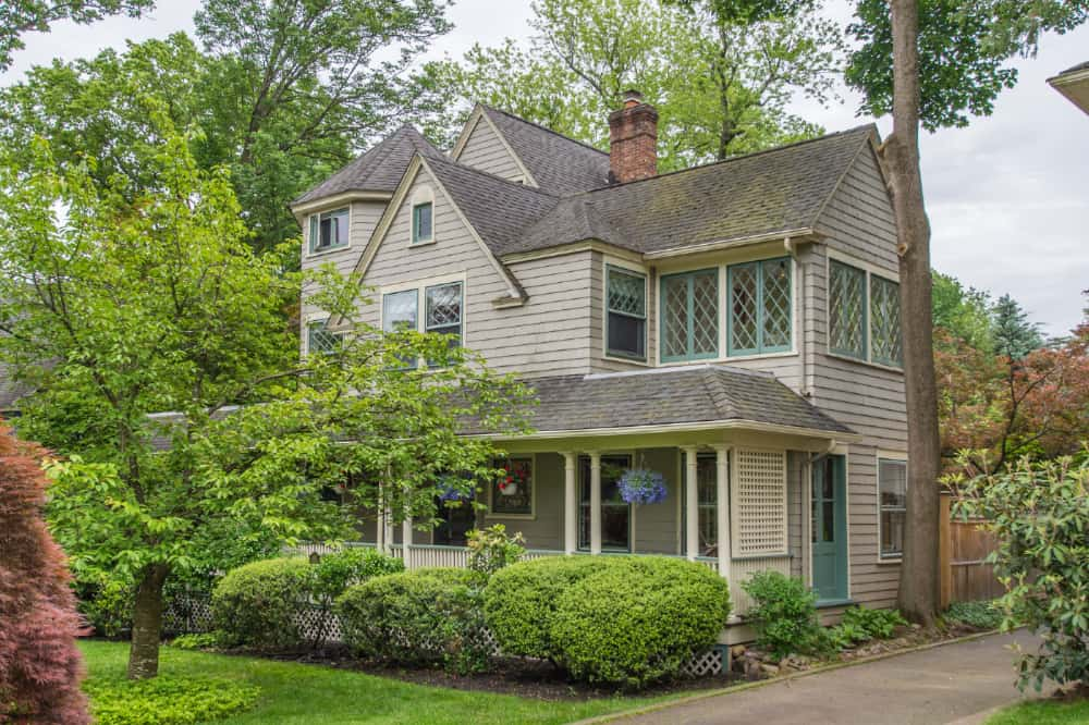 Local-Home-Sellers-Happy-Stanton-Realtors-48-Myrtle-ave-Montclair-new-jersey