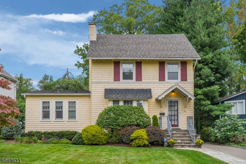 123-Wildwood-Avenue-Montclair-NJ-70743-Montclair-Real-Estate-Stanton-Realtors